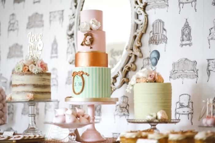 パティスリーに並ぶ可愛いケーキたち